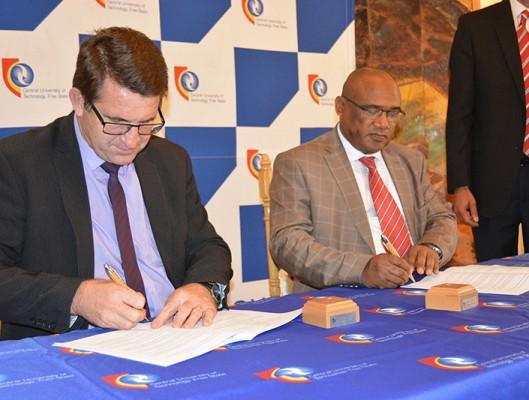 MoU CUT and Univ of Botswana 1w